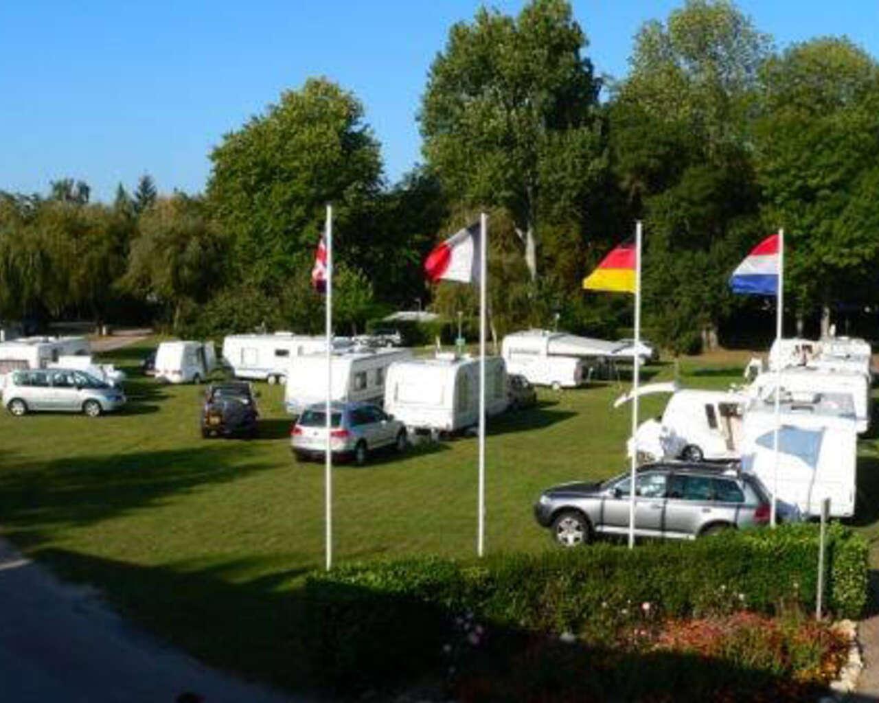 Camping Parc des Loisirs Le Val Fleuri, Campsites to ...