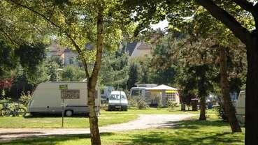 Camping d'Auxerre l'Arbre Sec