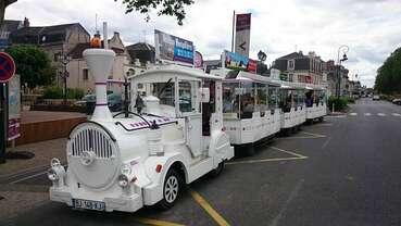 Petit train touristique d'Amboise