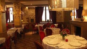 Hotel-restaurant-le-tribunal-mortagne-au-perche